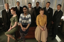 Keiana with the cast of Mad Men: Roger Sterling (John Slattery), Joan (Christina Hendricks), Ken (Aaron Staton), Don Draper (Jon Hamm), Harry (Rich Sommer), Peggy (Elisabeth Moss), Paul (Michael Gladis) and Pete (Vincent Kartheiser)